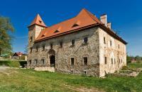 Zamek Czarne